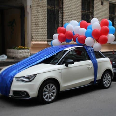 украсить машину шарами