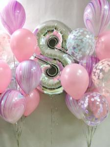 Воздушный шар цифра 8 с розовыми агатами