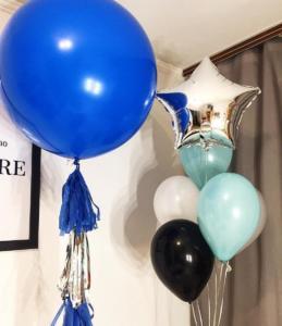 Большой шар гигант синего цвета с тассел