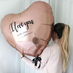 Гигантский шар сердце с индивидуальной надписью