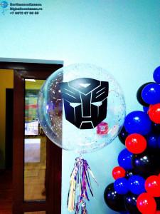 Прозрачный воздушный шар с конфетти в стиле трансфомера