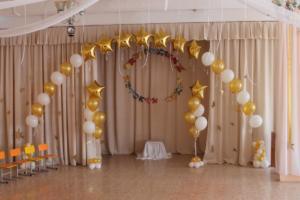 украшение выпускного воздушными шарами в детском саду